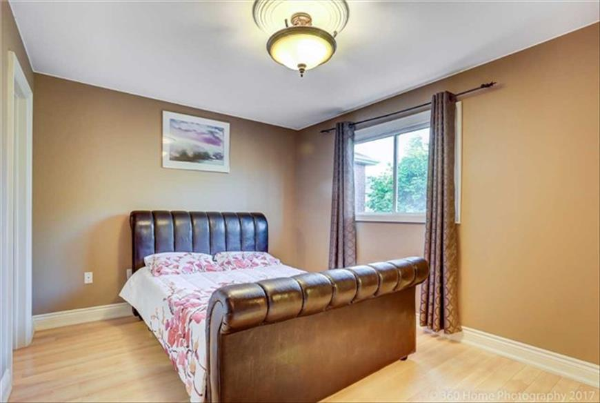 58 Sweet Water Cres Richmond Hill Sooyan Leylaeion